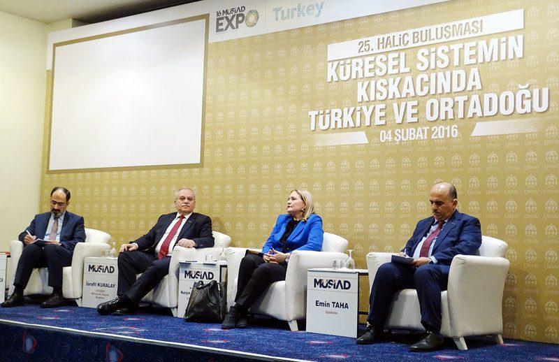 """""""Küresel Sistemin Kıskacında Türkiye ve Ortadoğu"""" Paneli -2"""